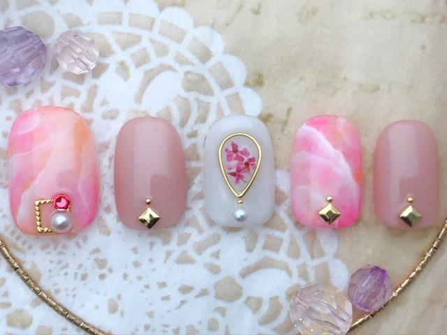 ピンク天然石×押し花